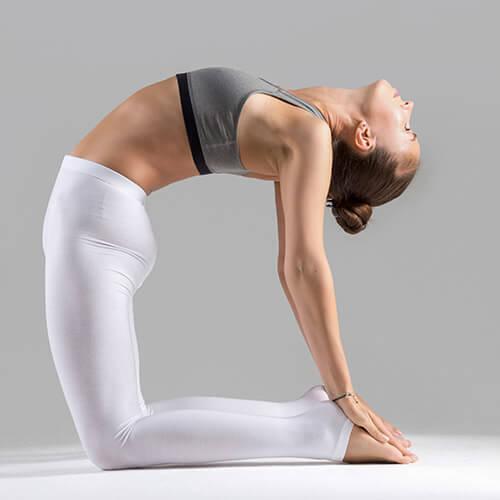 yoga-square_0002_3.jpg