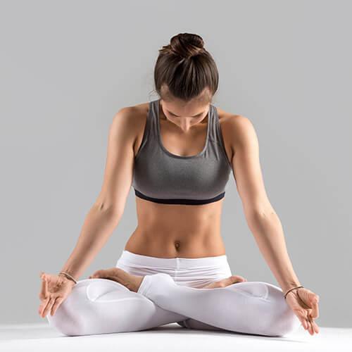 yoga-square_0003_4.jpg