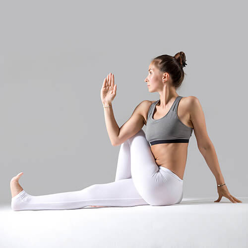 yoga-square_0006_7.jpg